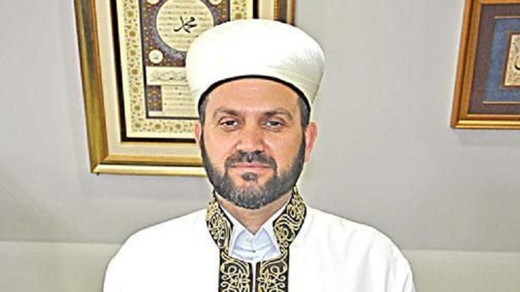 Ferruh Mustuer Imam Jumat Pertama di Hagia Sophia