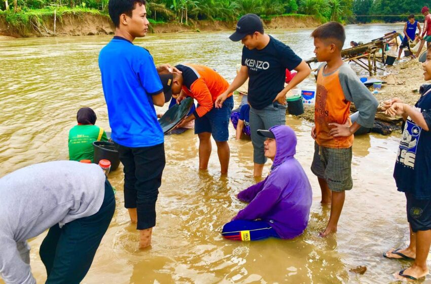 Viral! Warga Muratara Temukan Emas di Sungai Rawas
