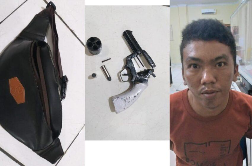 Ditangkap Gara-gara Bawa Pistol ke Pasar Satelit